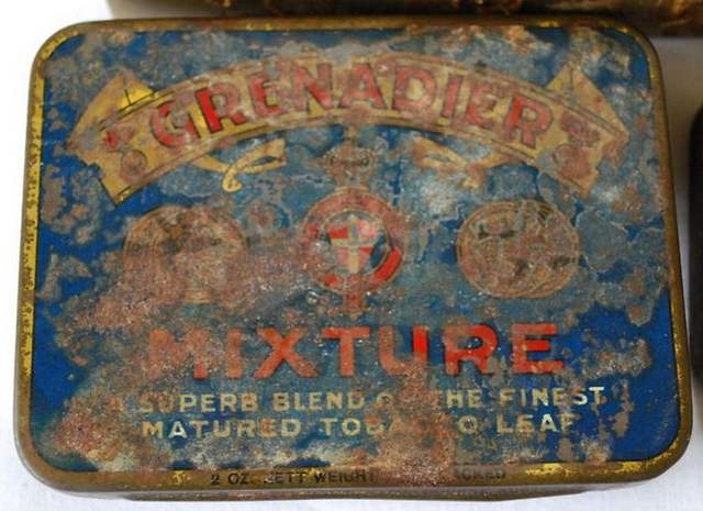 Grenadier Mixture 2oz Tobacco Tin